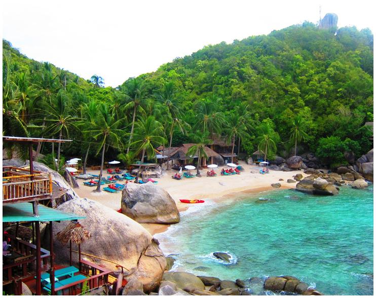 蓝宝石海水旁的苏梅岛酒店 - charm churee village resort