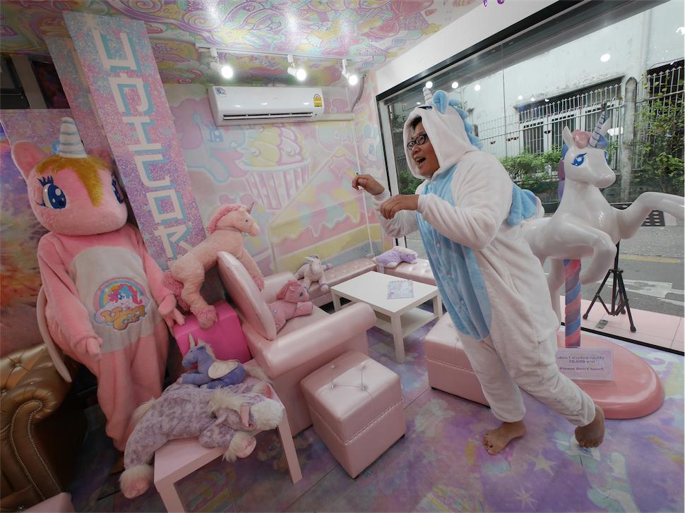 超可爱的独角兽主题咖啡店 unicorn cafe