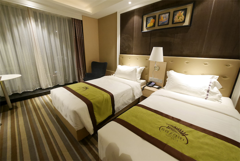 曼谷夜市(旁)附近的酒店推荐